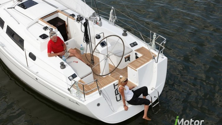 Hanse Yachts 325